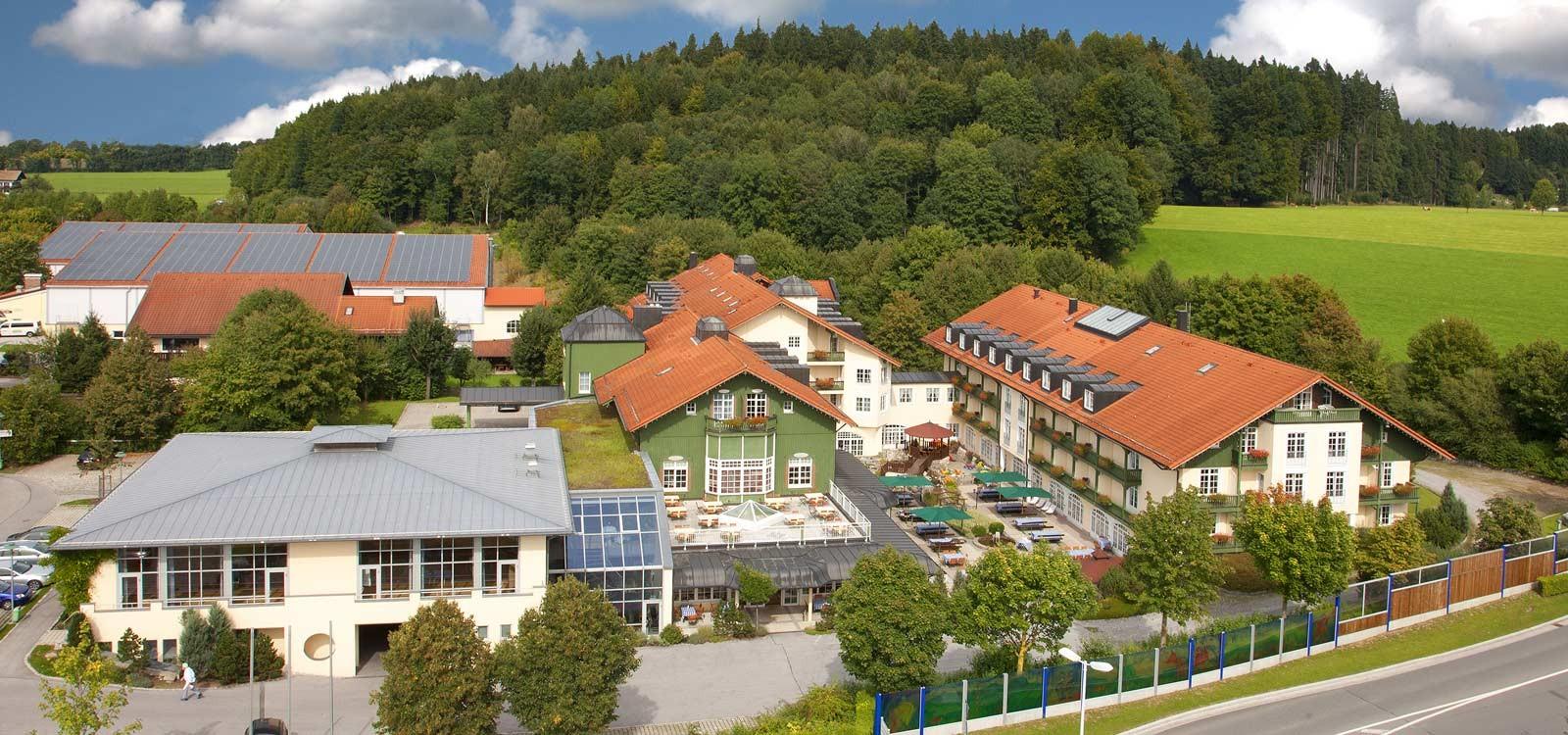 Bayerischer Hof von oben