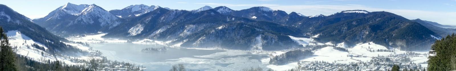 Die Insel im Schliersee im Winter
