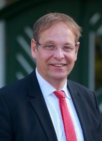 Direktor Herr Bernd Fanenstich