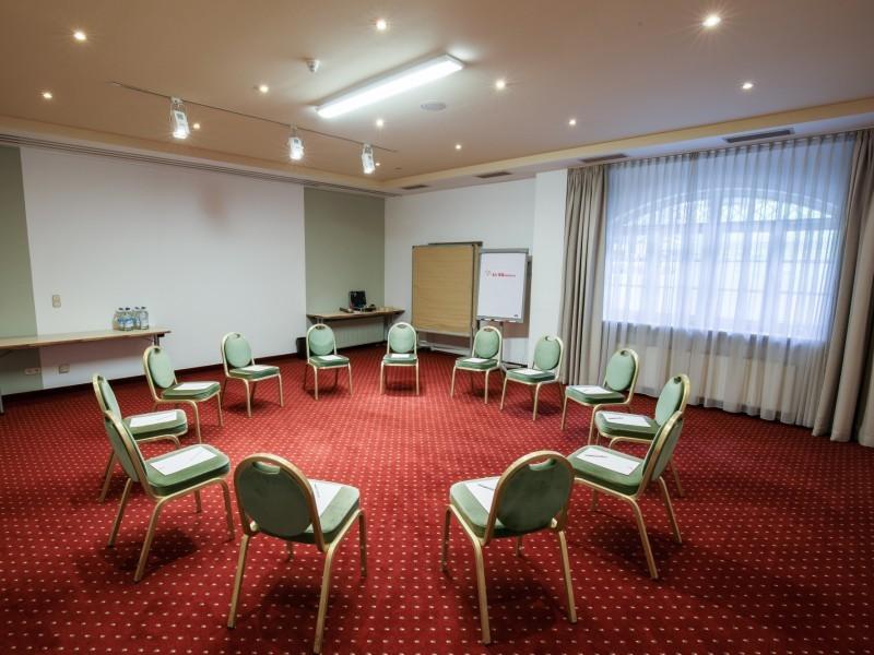 Konferenzraum Chagall 3 im Hotel Bayerischer Hof Miesbach****