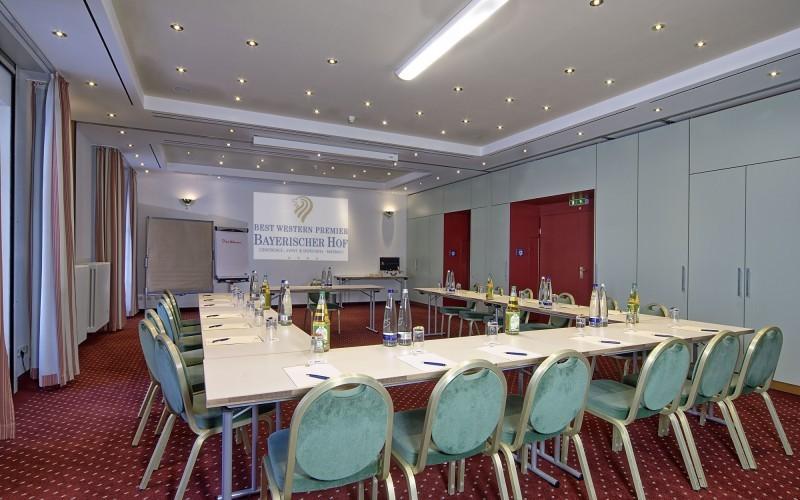 Tagungsraum Kandinsky im Hotel Bayerischer Hof Miesbach****